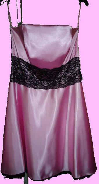 Satinkleid in pink mit schwarzer Spitze, Gr. 42-44, 2ndhand, doch wie neu! Mit passendem Bolero nur 25 € inkl. Versandkosten!