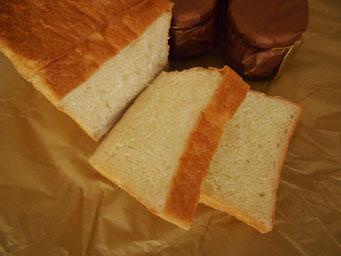生食パン(1斤) 食パンブームの、生で食べれる食パンです★★