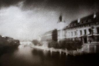 Matin clair à Paris, 2004, tirage procédé FRESSON, bichromie, Numéro 1/5, format image 30x40 cm. © Annick Maroussy