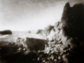 Ouessant, Pointe de Pern, 2005, tirage procédé FRESSON, format image 30x40cm, sous passe-partout 50x60cm, Numéro 1/5. © Annick Maroussy