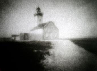 Le Phare des Poulains,  2005, bichromie, procédé FRESSON, Format image 30 x 40 cm, sous passe-partout au format 50 x 60 cm, numéro 3/5