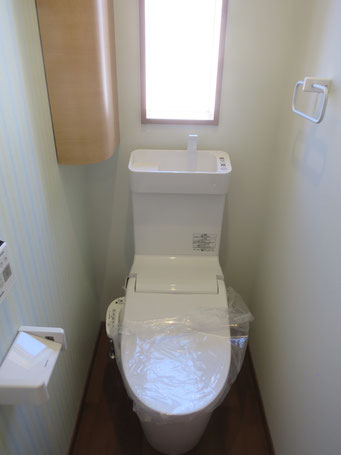 トイレ(コーナー収納)