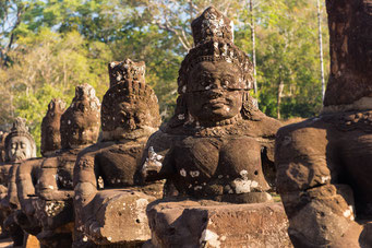 vor dem Tor zum Angkor Thom