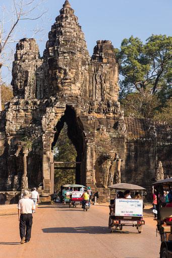 vor dem Tor zum vor dem Tor zum Angkor ThomAngkor Thom