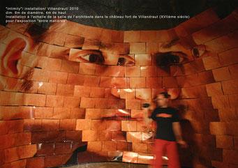 Intimity - installation monumentale - 2010