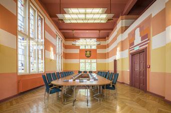 Ratssaal im historischen Teil (Artdeco) Rathaus Neuenhagen