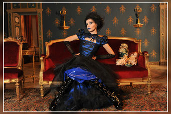 Valentina C. Foto per Gothic Time.com II SERIE 4