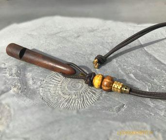 Schlüsselanhänger aus Nappaleder mit Sterlingsilber-Endkappen oder Rosegold