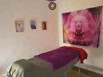 Décoration salle Bien-Être et table de massage