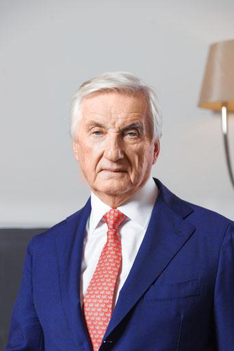 Dr. Karl Grigkar