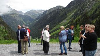Dienstag: Ein Ausflug führt uns über die Sivretta Hochalpenstraße, wo wir das 3000er Bergpanorama bewundern konnten.
