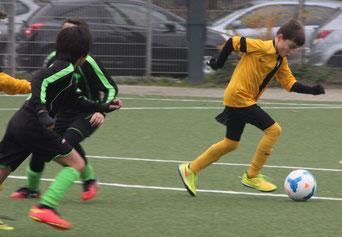 TuS E1-Jugend im Heimspiel gegen SuS Haarzopf.