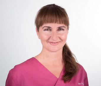 Zahnarztpraxis Dr. med. dent. Alina T. Ioana. Praxisinhaberin Dr. med. dent. Alina T. Ioana.