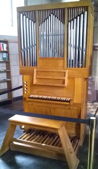 Interimsorgel, Orgelförderverein, Klais-Orgel, Hl. Dreifaltigkeit