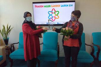 v.l.: Zahide Gümüs und Schwester Mariotte Hillebrand