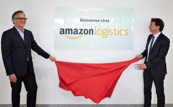 Christian Berté, directeur général Amazon Logistics France et Pascal Thévenot, maire de Vélizy-Villacoublay lors de l'inauguration de l'agence de livraison, le 19 septembre 2018. ©Maxime Huriez