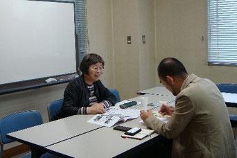取材中の信田理事長