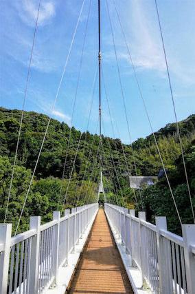 福岡県糸島市二丈福井、加茂ゆらりんこ橋