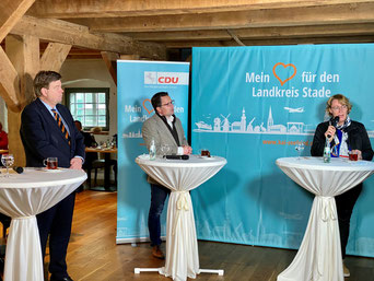 v.l. PSts Enak Ferlemann, Kai Seefried MdL, Landwirtschaftsministerin Bärbel Otte-Kinast