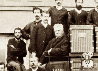 Georges et Louis - 1888 dans la cours des ateliers d'Asnieres.