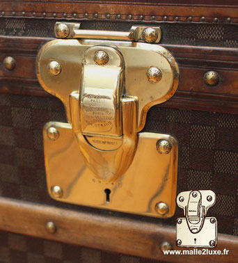 Multigorge lock Patented Georges Vuitton son of Louis