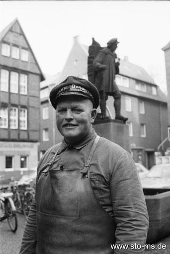 Bierkutscher Josef Brechmann und der Kiepenkerl um 1975 - Foto Alfred Kaup
