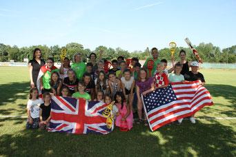 Foto: (Bürgerstiftung/Hiereth): Die Klasse 4a der Martini-Schule in Freystadt spricht in dieser Woche nur Englisch.