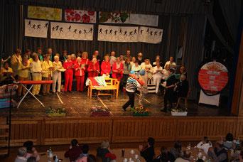 Foto: Vera Finn. Das Publikum war vom Auftritt der Senioren begeistert.