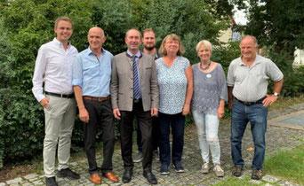 v.l.: René Meyer, Manfred Schreiner (1. Vorsitzender FW Mühlhausen), Hubert Aiwanger (stellv. Ministerpräsident), Stefan Auhuber, Maria Auhuber, Sigrid Schindler, Norbert Pamin