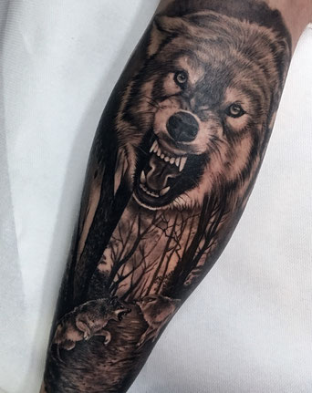 Tatuaje lobo realista