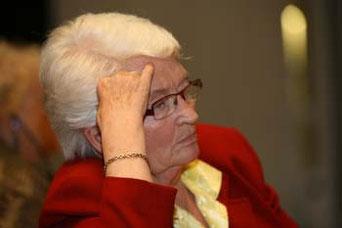 Bild: Foto: EP, 100 Jahre  SIW, Internationaler Frauen-Kongress, Lissy Gröner, Anita Gradin Präsidentin SIW,