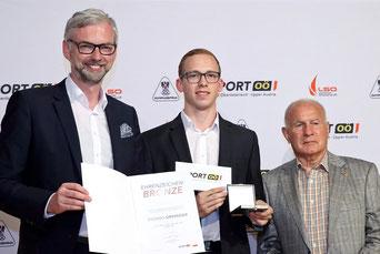 vl. LH Stv Dr. Michael Strugl, Thomas Grininger, ASKÖ OÖ Präsident Fritz Hochmair