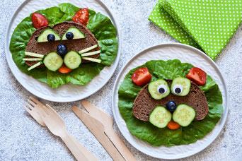 Belegte Brote für Kinder, gesundes Essen für Kinder, Brot, Gemüse, Stullen