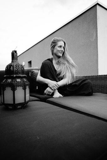 Sabrina Schürch yogamami.ch