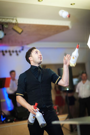 pokaz barmański pokaz barmanski flair bar barmani barman na wesele barman na imprezę firmową