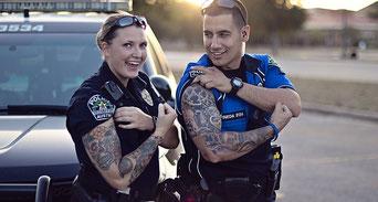 Tattoo Polizei Tätowierung