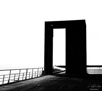 Gate Follover