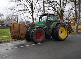 Landwirtschaft, Strassenverkehr, Trecker, Verkehrssicherheit