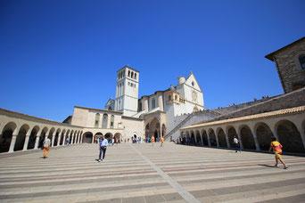 Aufstieg zur Basilika San Francesco, Assisi