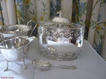 Antike versilberte Teedose aus England