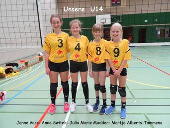 v.l.n.r.: Janne Voß, Anne Switek, Julia Marie Mudder und  Martje Alberts-Tammena