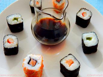 Sushi mit Teriyaki Soße