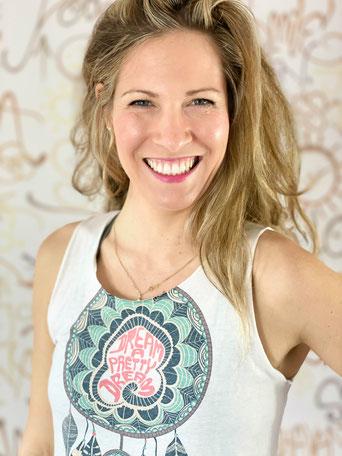 Lisa Hemsath Sunny Mind Yoga