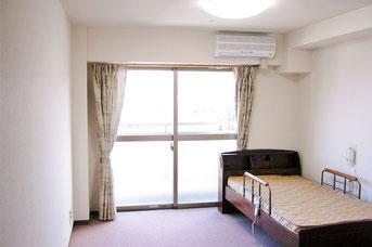 有料老人ホームプレジール春日のお部屋で、体験入居をしていただきます