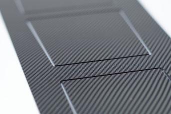 Mittelkonsole Tesla S - carbon-Optik