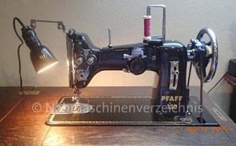 Pfaff 130, ZZ-Flachbettnähmaschine mit Biesennadelhalter, Hersteller: G. M. Pfaff AG, Kaiserslautern (Bilder: B. Schlappa)