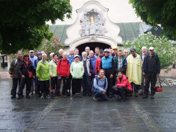 Gruppenfoto an der Gnadenkapelle in Altötting