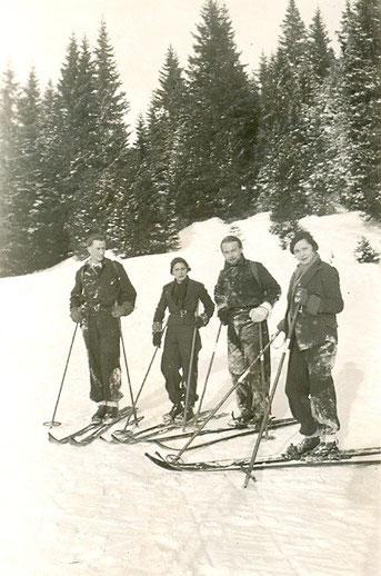 Au ski vers la frontière suisse en 1930