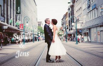 Die Hochzeit von Sybille und Jens in Kassel und Kaufungen im alten Bahnhof.