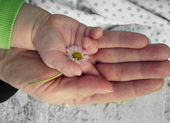 Marieeve Pöllinger Kinderenergetikerin Mentaltrainerin Energetikerin Schamanismus Leben in Balance die ICH Rolle stärken Selbstbewusstsein wiedererlangen Happy Moments